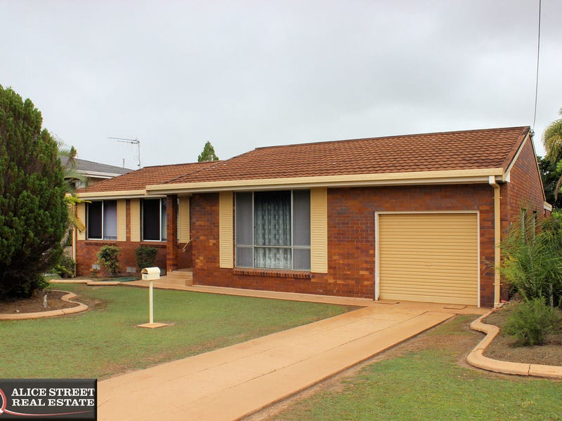 15 Bryant Street, Maryborough, Qld 4650