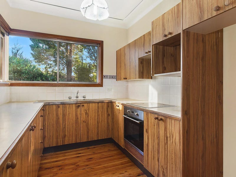 68 Manor Road, Hornsby, NSW 2077