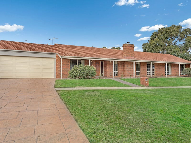 1 Wirilda Court, Mount Helen, Vic 3350
