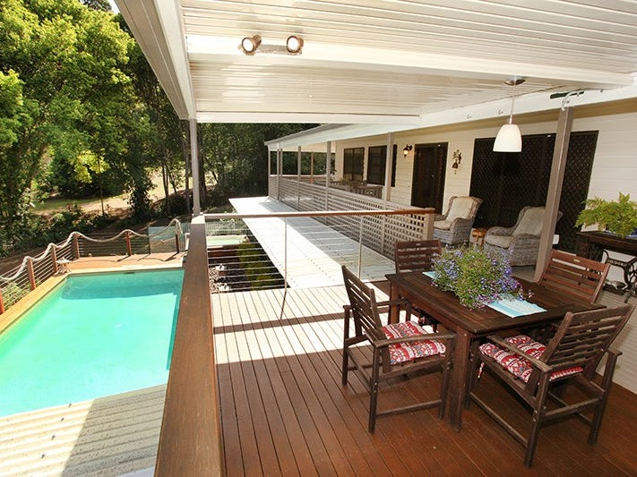 4 Paradise Place, Nambour, Qld 4560