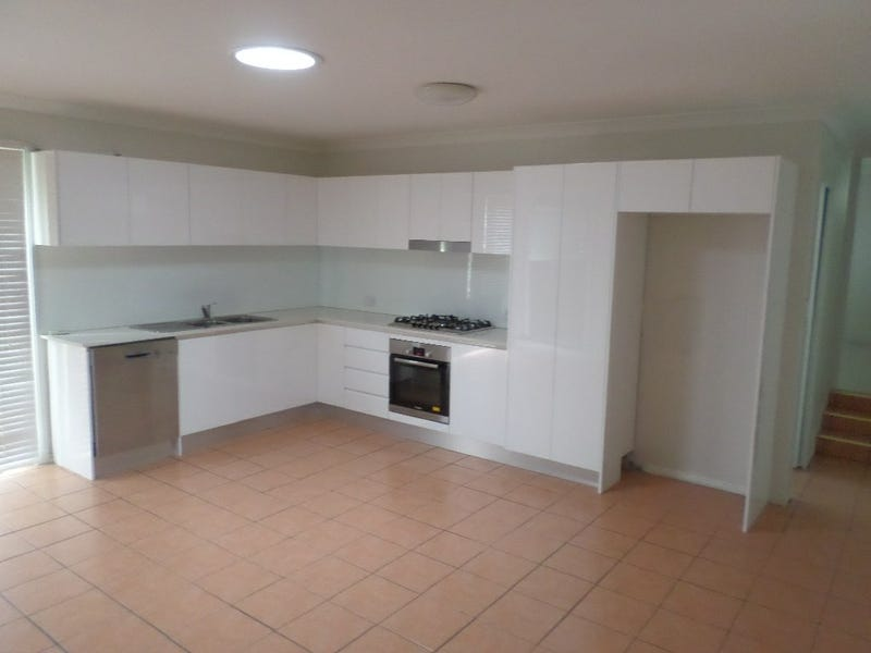 8A CARMEN STREET, Guildford, NSW 2161