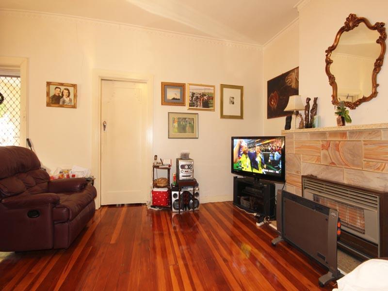 6 Winifred Avenue, South Plympton, SA 5038