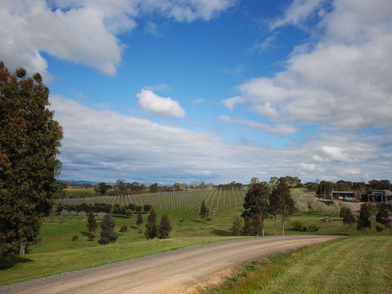 'Ruperts Ridge' 843 MetcalfeRedesdale Road, Redesdale, Vic 3444
