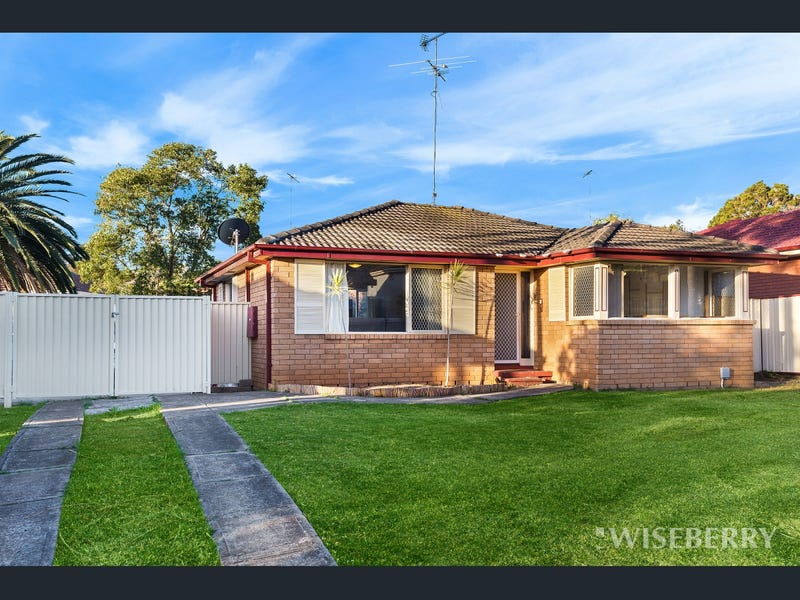 61 Guise Rd, Bradbury, NSW 2560