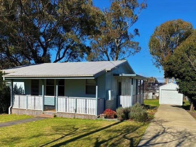 6 Irwin Street, Coolah, NSW 2843