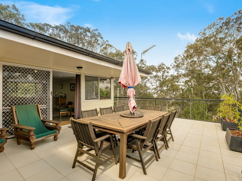 8 Panorama Crescent, Prince Henry Heights, Qld 4350