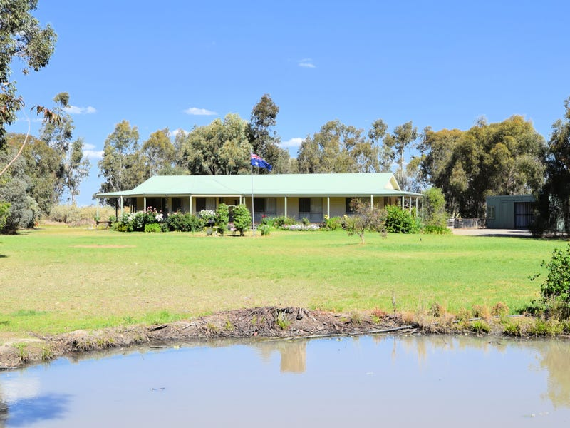 9 Billabong Place, Deniliquin