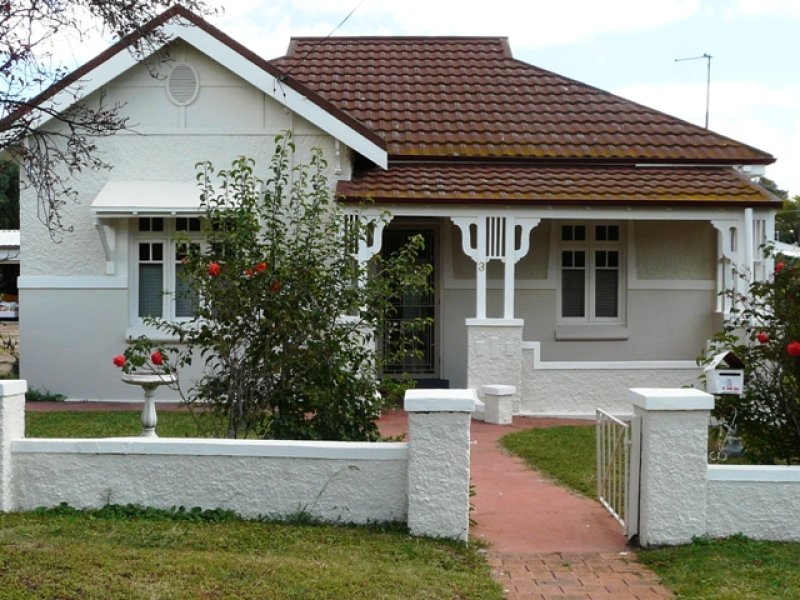 3 Pine Street, Bathurst, NSW 2795