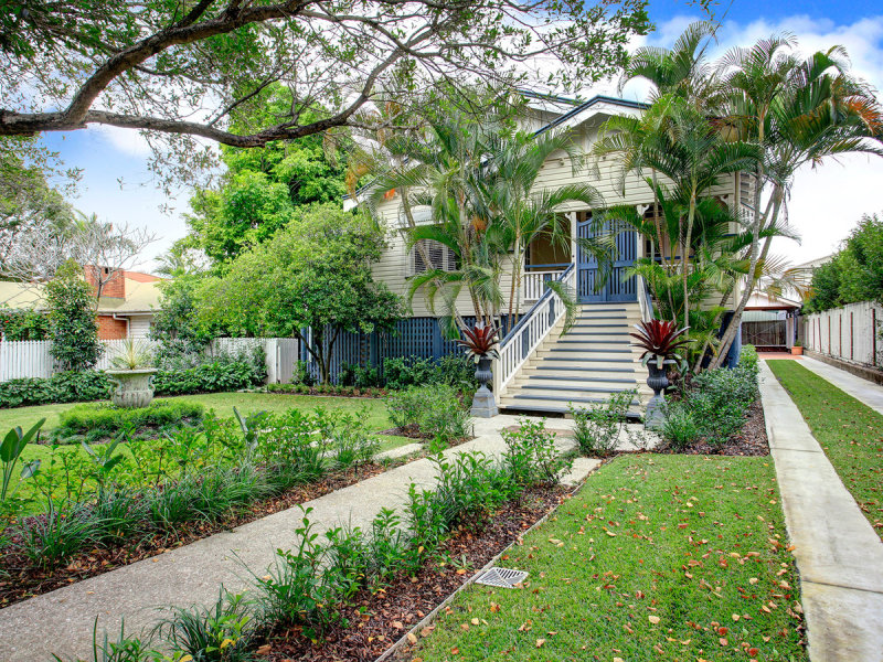 16 Childs Street, Clayfield, Qld 4011