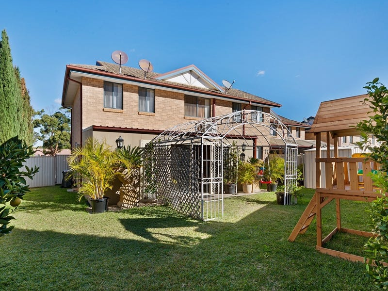 11/16A Balmoral Crescent, Georges Hall, NSW 2198