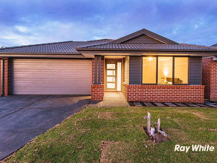 11 Baranello Crescent, Cranbourne East, Vic 3977