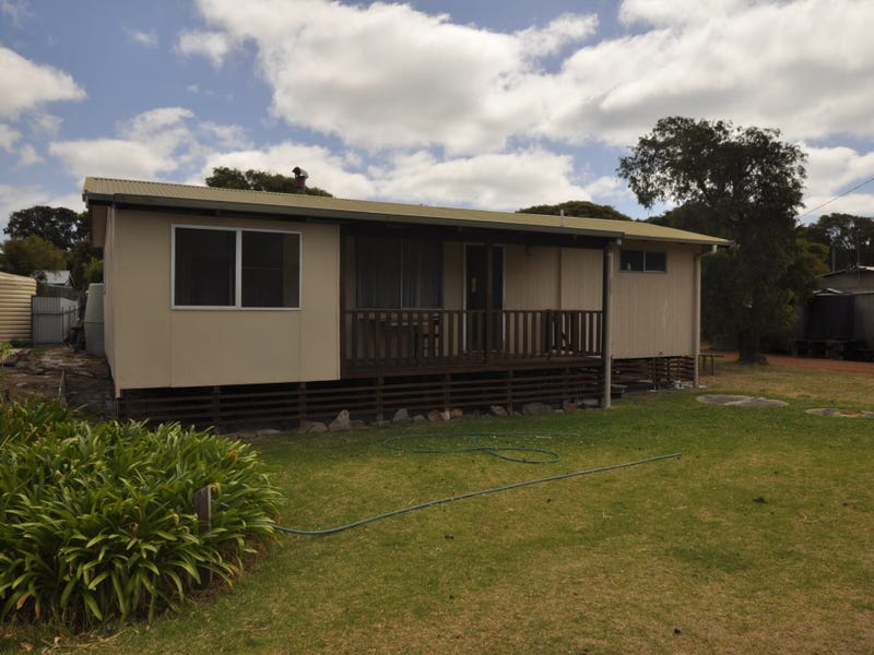 House 3 Central Ave, Peaceful Bay, WA 6333