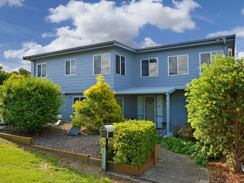 42-44 Lake St, Tuross Head, NSW 2537