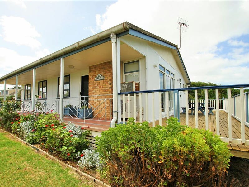 3 Dover Road, Middleton, SA 5213