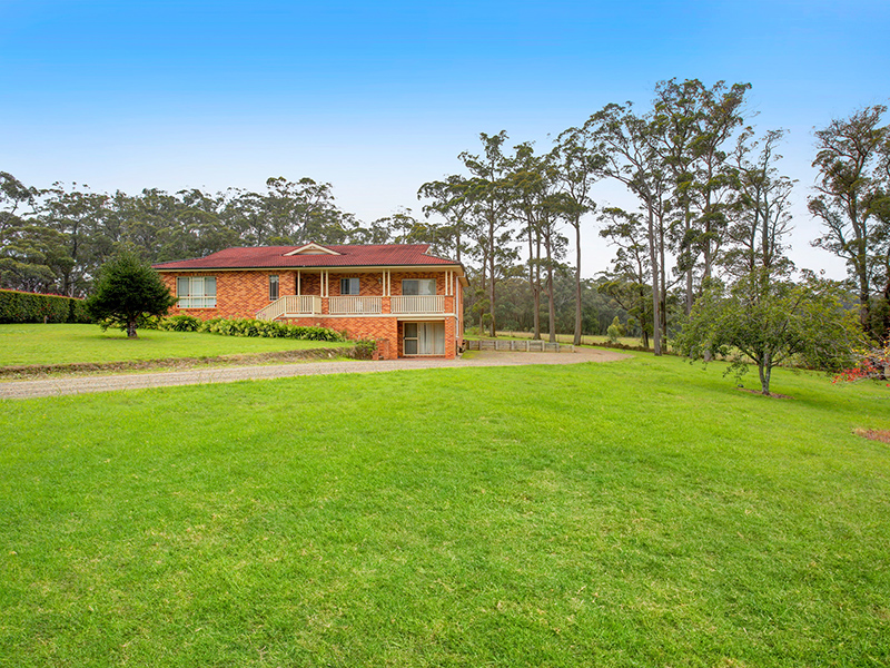 11 Lorna Close, Bundanoon, NSW 2578