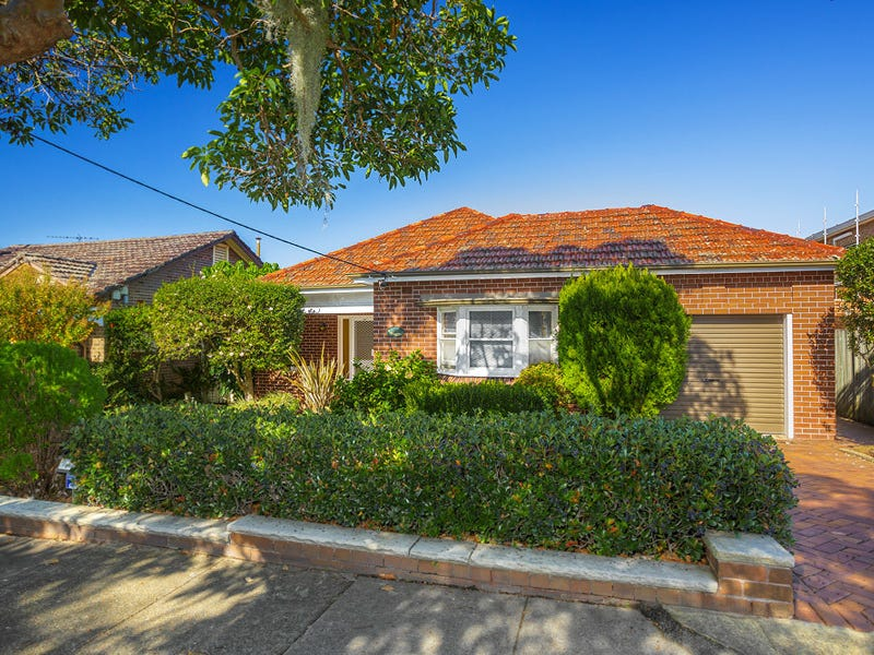 77 First Avenue, Rodd Point, NSW 2046
