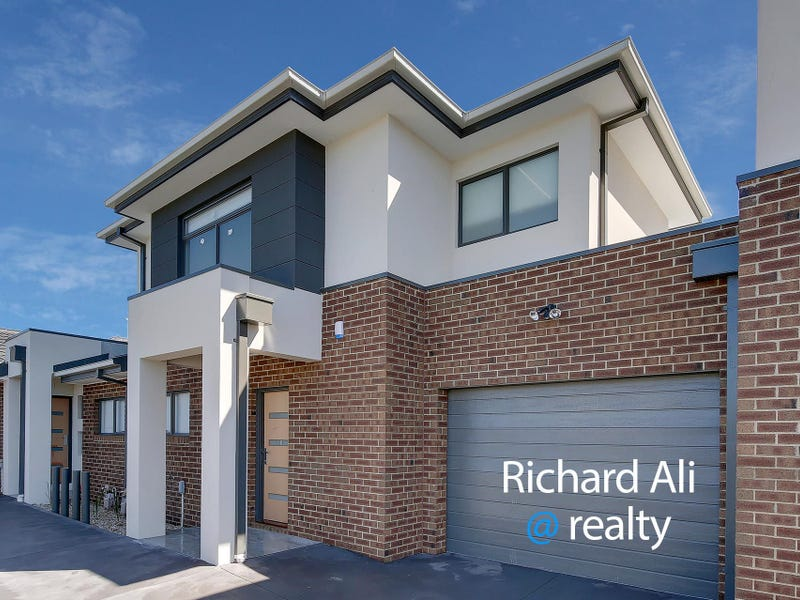 2/3 Housden Street, Broadmeadows, Vic 3047