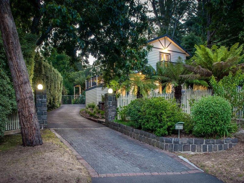 5 Grandview Grove, Sassafras, Vic 3787