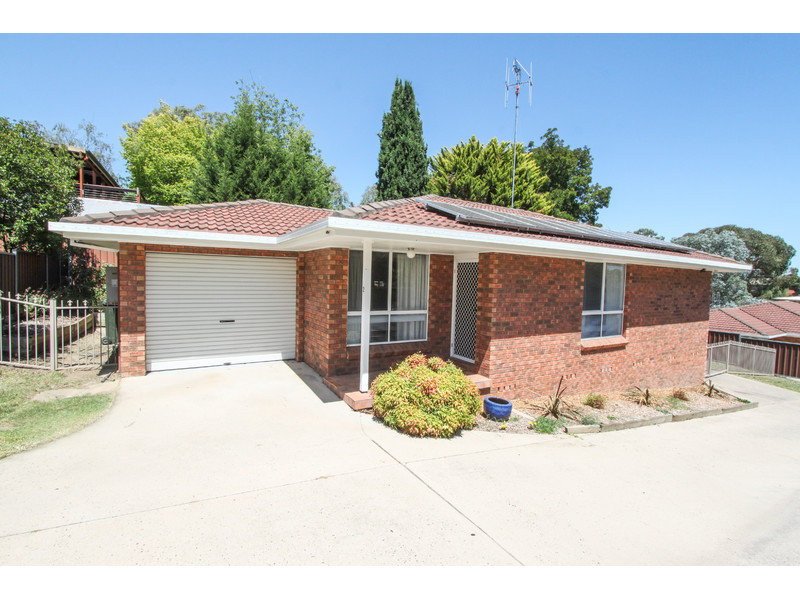 2/143 Mitre Street, West Bathurst, NSW 2795