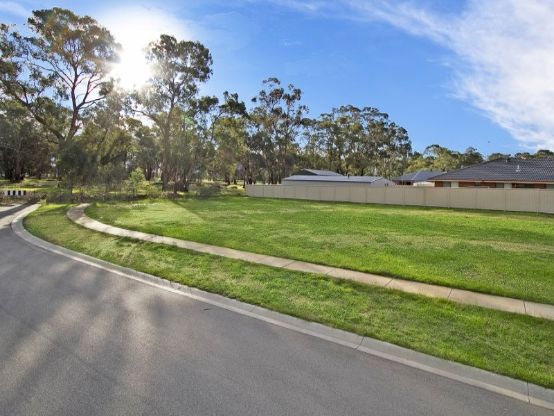 3 Norman Way, Marong, Vic 3515