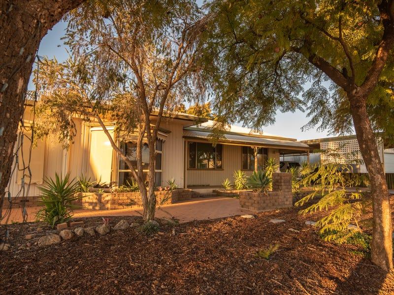 2 Casuarina Avenue, Broken Hill, NSW 2880