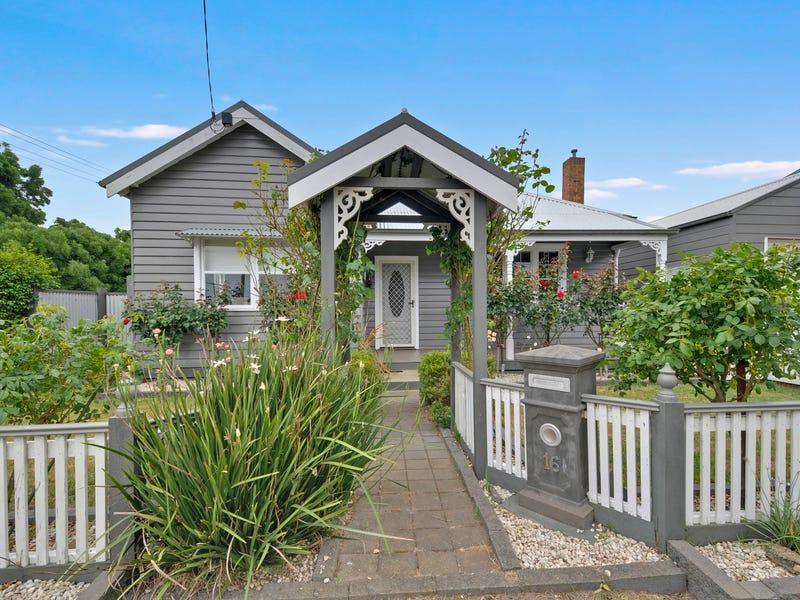 16 Duke Street, Rosedale, Vic 3847