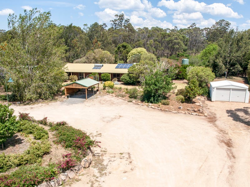 67 Erbacher Road, Hampton, Qld 4352