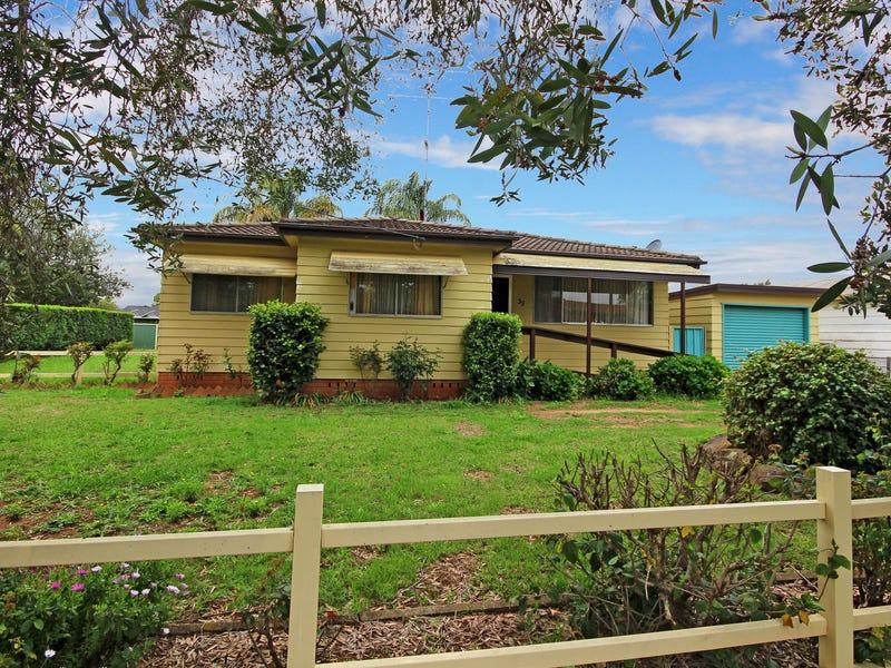 39 Powell Street, Hobartville, NSW 2753