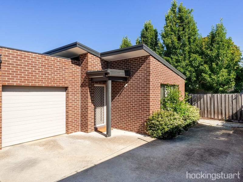 6/17 Burnbank Street, Lake Wendouree, Vic 3350