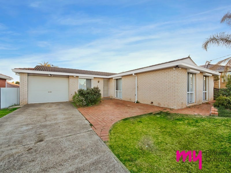19 Valley Road, Campbelltown, NSW 2560