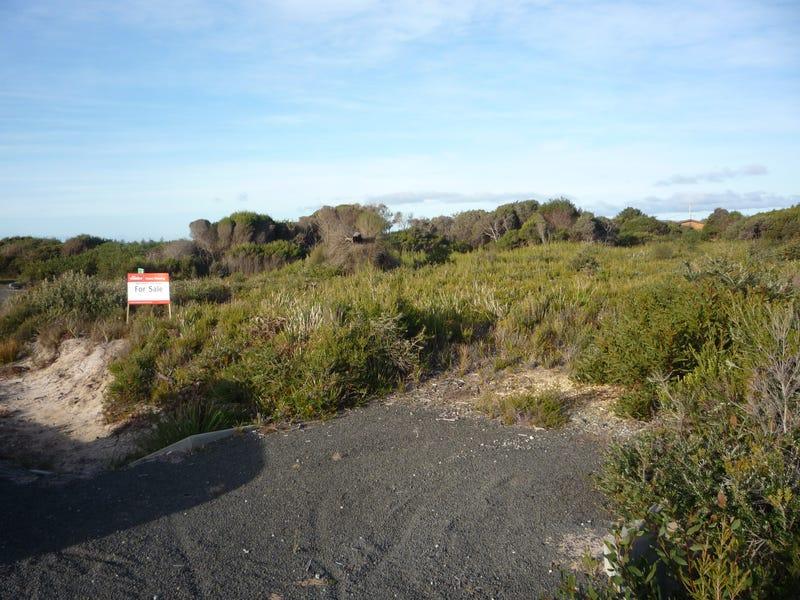 8 Ninth Island Crescent, Lulworth, Tas 7252