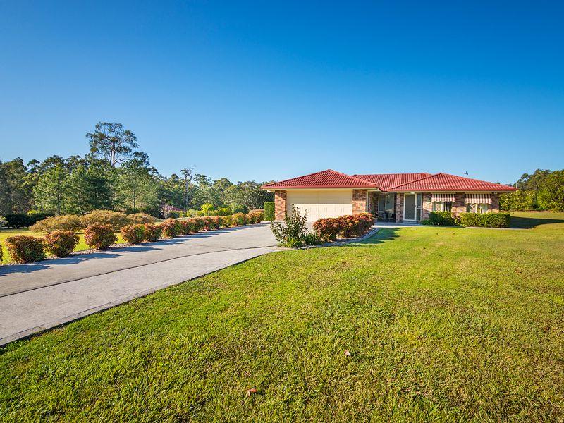 2 Mullalone Place, Pampoolah, NSW 2430
