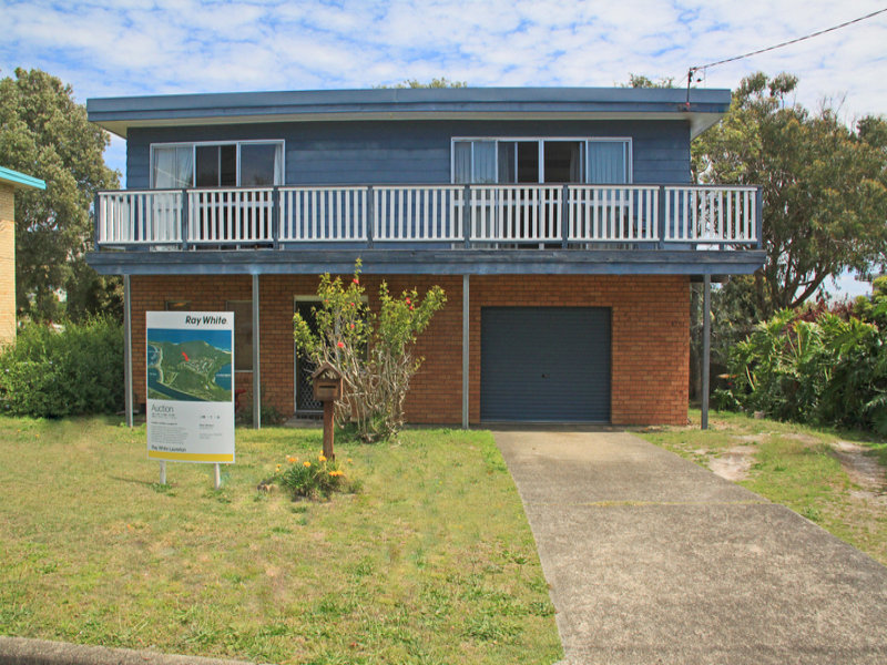 19 Bergalia Crescent, Camden Head, NSW 2443