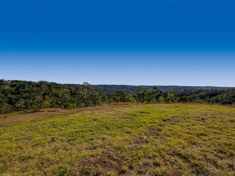 16 Keira Court, Blue Mountain Heights, Qld 4350