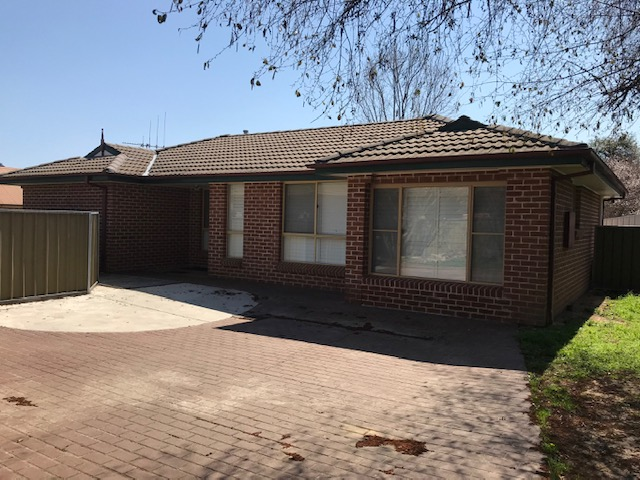 8 and 10 Wade Place, Orange, NSW 2800
