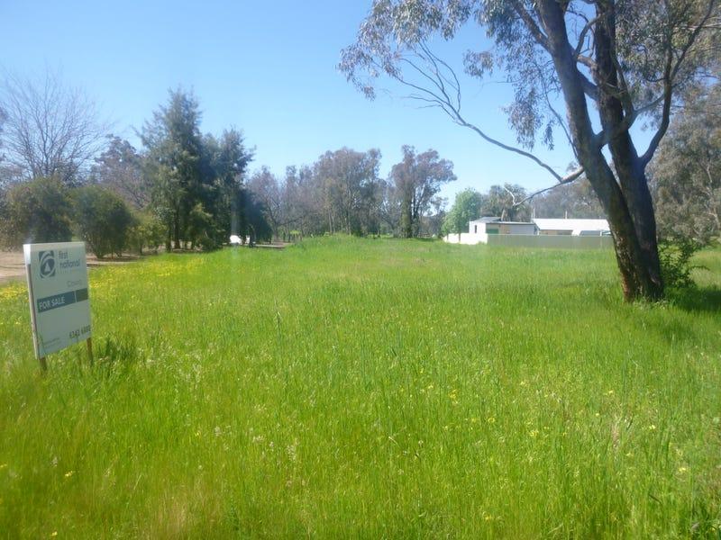 25 Lachlan Street, Koorawatha, NSW 2807