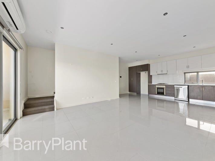4/106 The Esplanade, Caroline Springs, Vic 3023