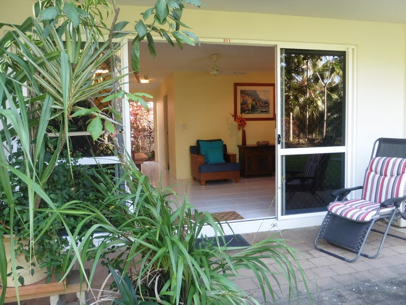 311/305-341 Coral Coast Drive, Palm Cove, Qld 4879