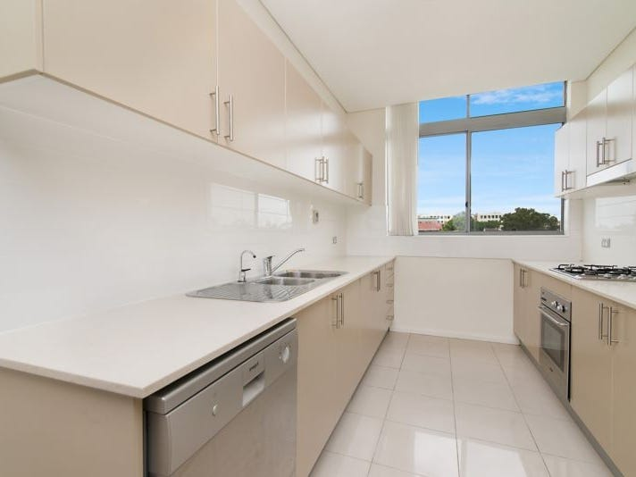11/2-6 Warrigal St, The Entrance, NSW 2261