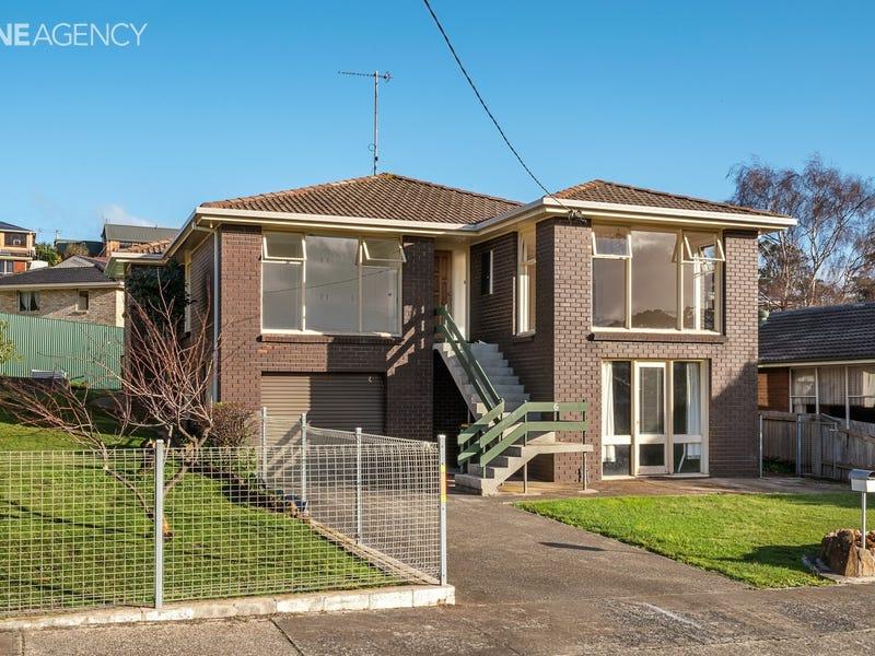6 Westbury Place, Devonport, Tas 7310