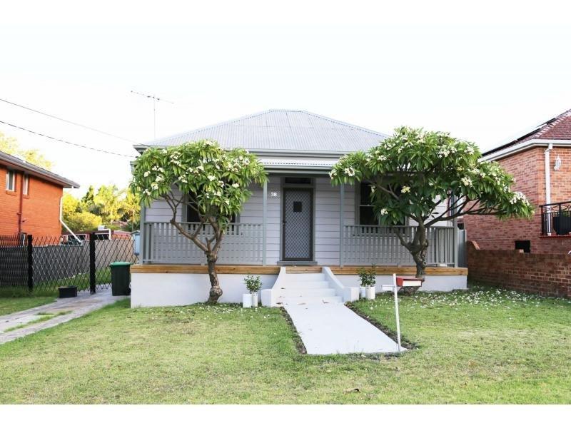 38 Dardanelles Street, Mortdale, NSW 2223