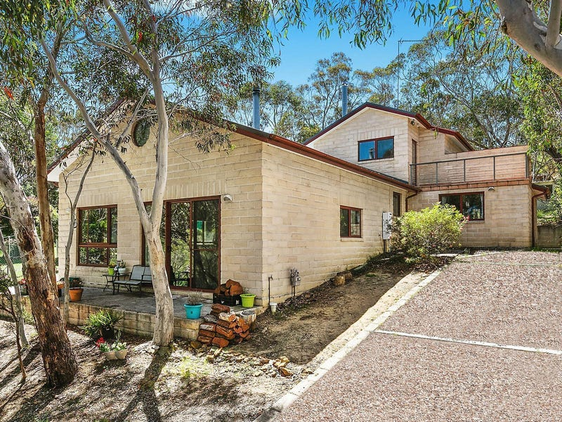 30 Sandbox Road, Wentworth Falls, NSW 2782