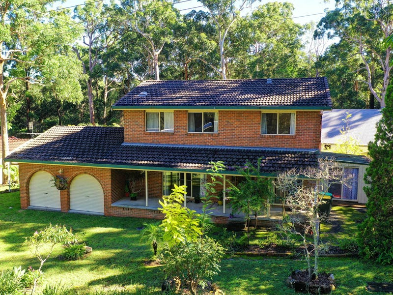 1 Lyn Crescent, Smiths Lake, NSW 2428