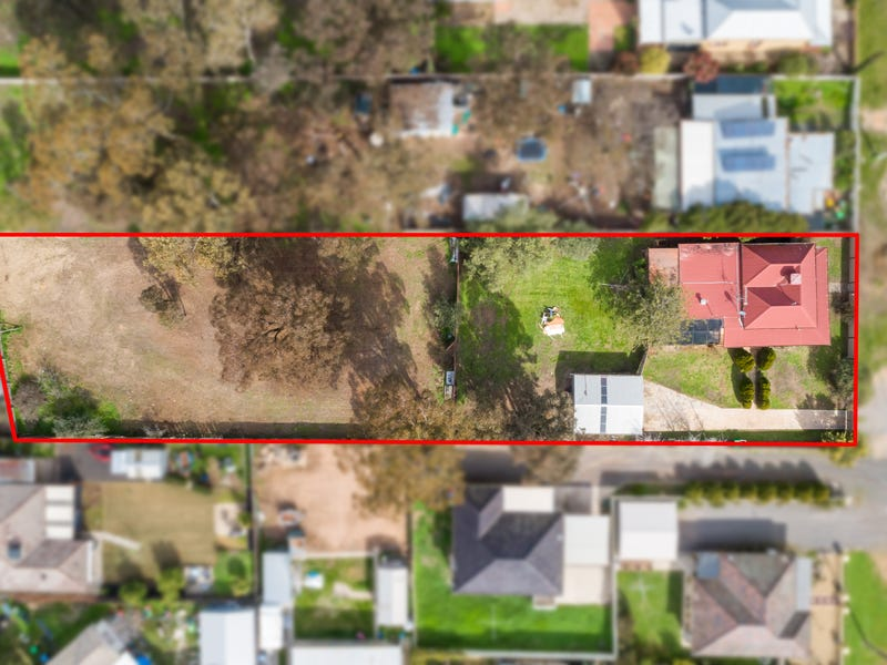 37 Barrell Street, California Gully, Vic 3556