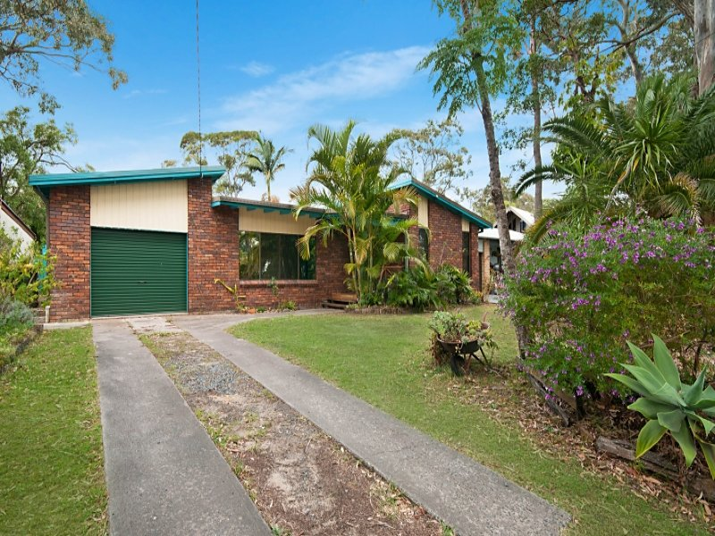 128 Lakes Boulevard, Wooloweyah, NSW 2464