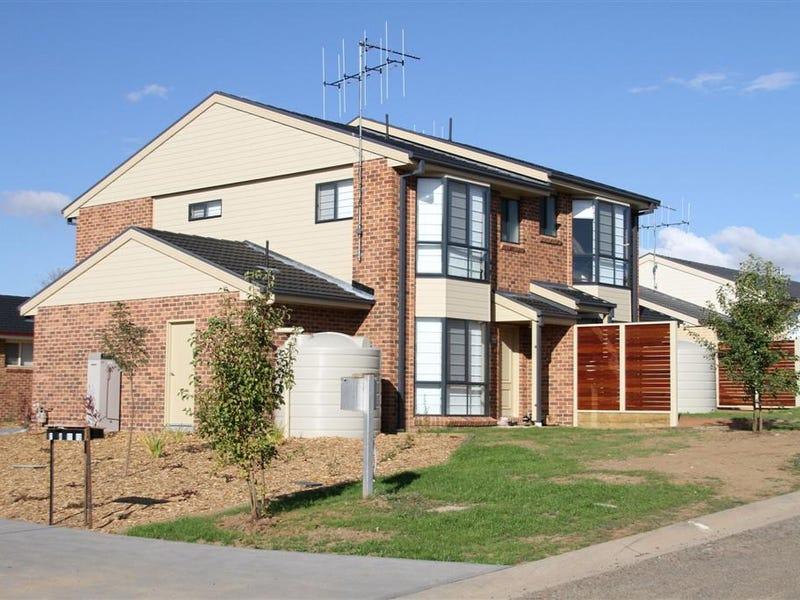 11, 12 & 19/11 Julian Place, Yass, NSW 2582