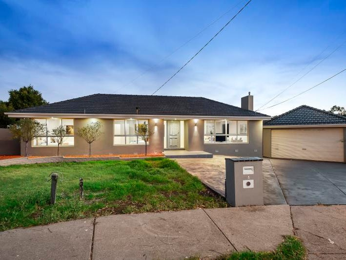 5 Avro Court, Strathmore Heights, Vic 3041