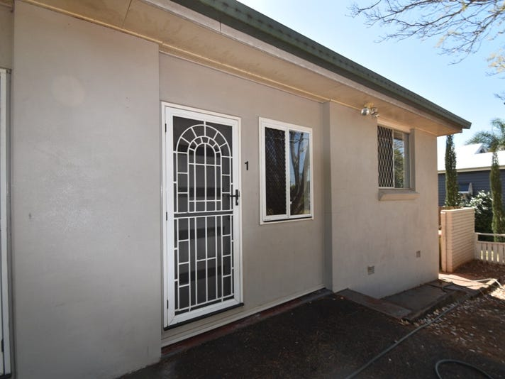 1/203 Bridge Street, North Toowoomba, Qld 4350