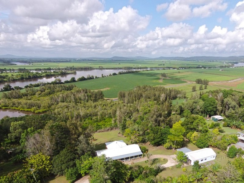 11 Island View Road, Woombah, NSW 2469
