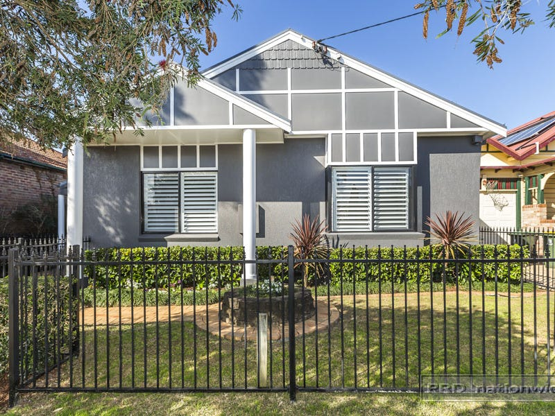 245 Lawson Street, Hamilton South, NSW 2303